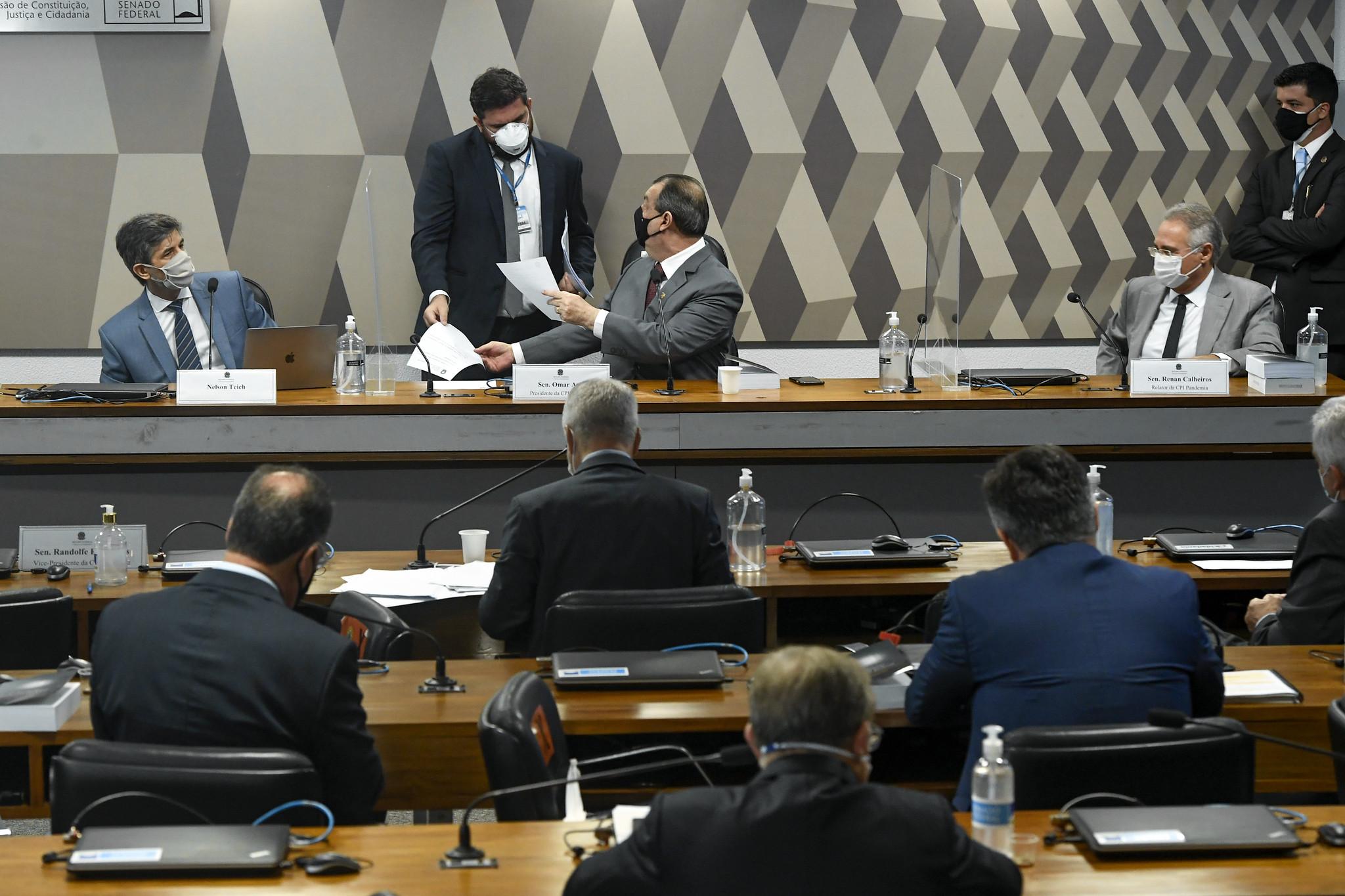 Nelson Teich é o 2º ex-ministro da Saúde a prestar depoimento na CPI da Pandemia