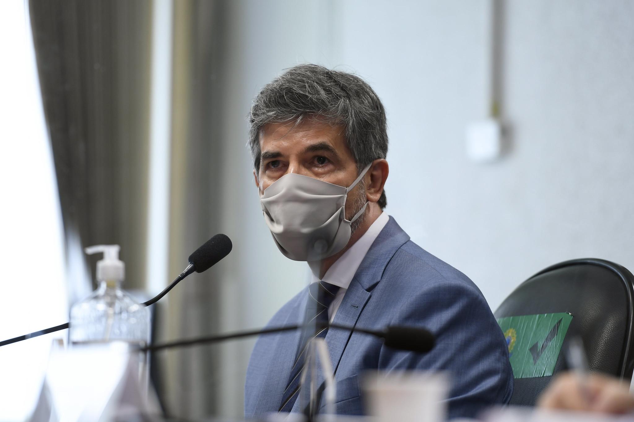 Teich disse que falta de autonomia fez ele pedir demissão do Ministério da Saúde