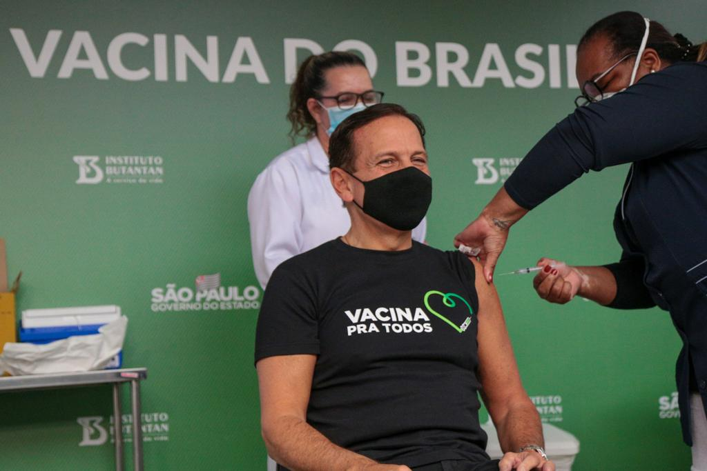 O governador de São Paulo, João Doria (PSDB), recebeu a primeira dose