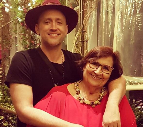 Paulo Gustavo com a mãe, Déa Lúcia