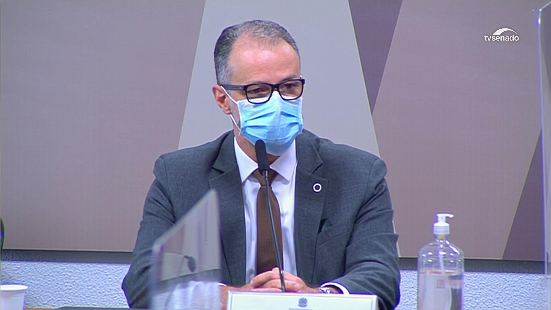 Diretor-presidente da Anvisa, Antonio Barra Torres presta depoimento a senadores