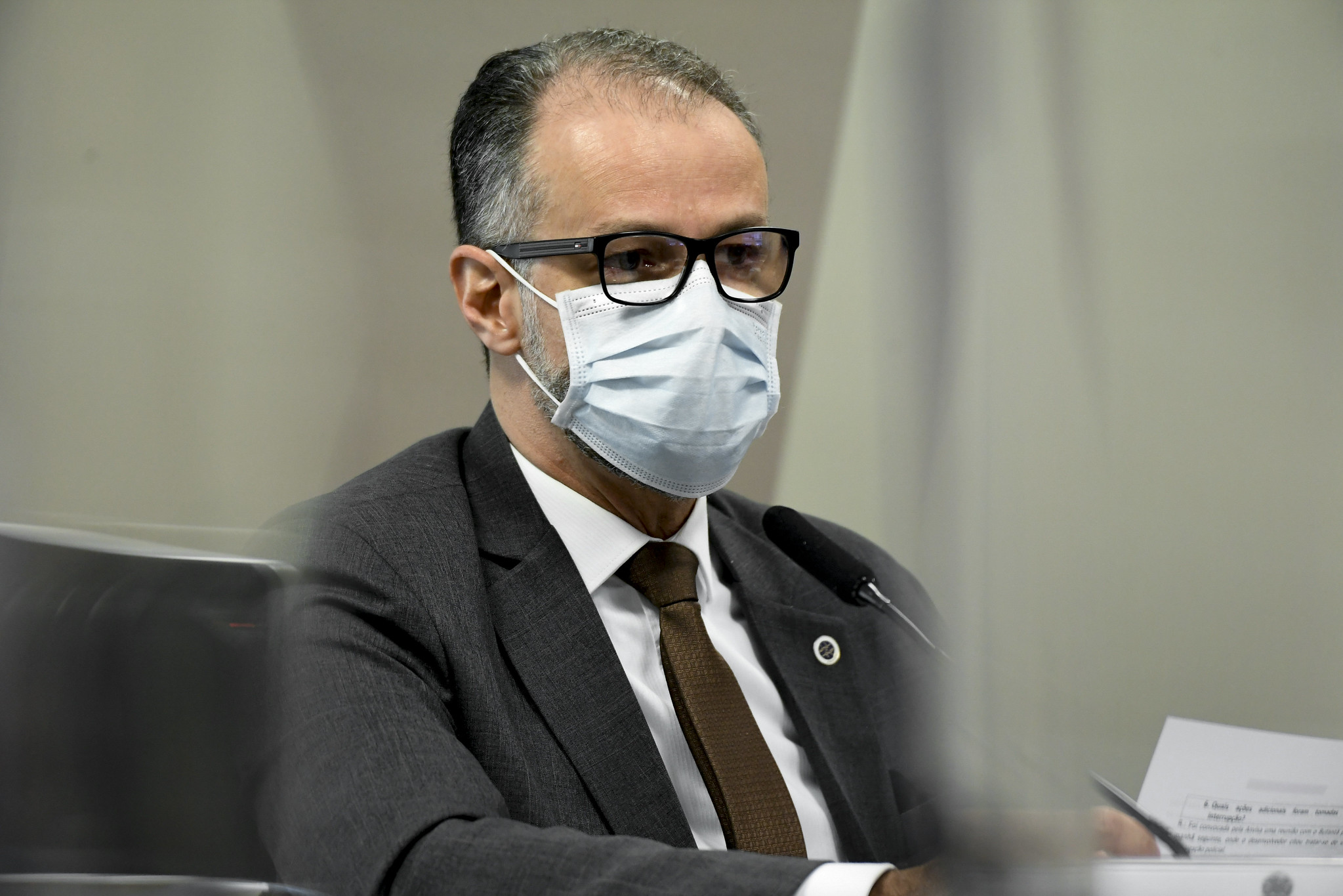 Antonio Barra Torres, diretor-presidente da Anvisa, é questionado em CPI