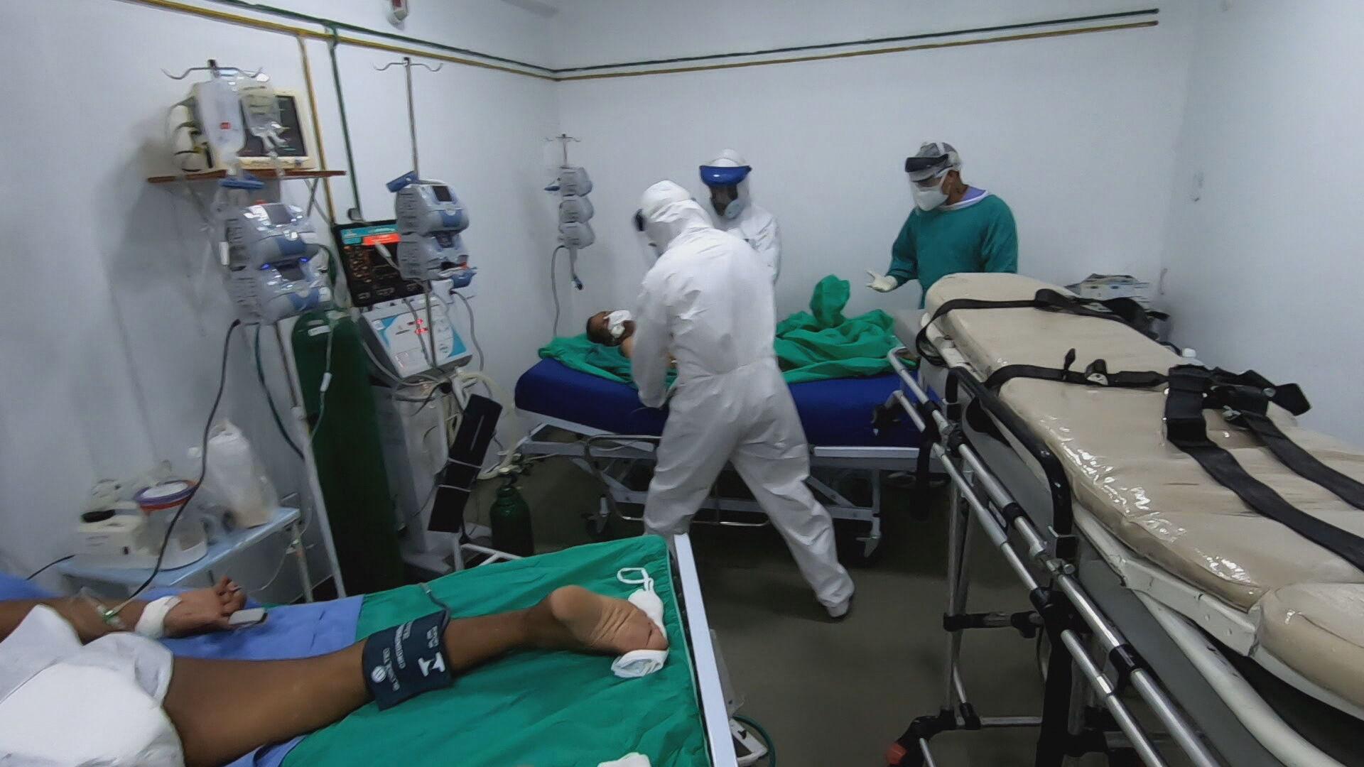 Luta pela vida nos hospitais do Amazonas no tratamento a pacientes com COVID-19