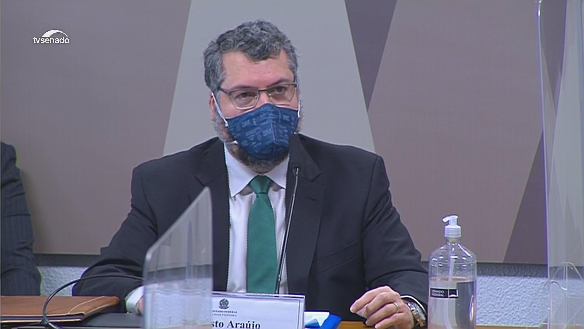 Ernesto Araújo, ex-ministro das Relações Exteriores, fala à CPI da Pandemia