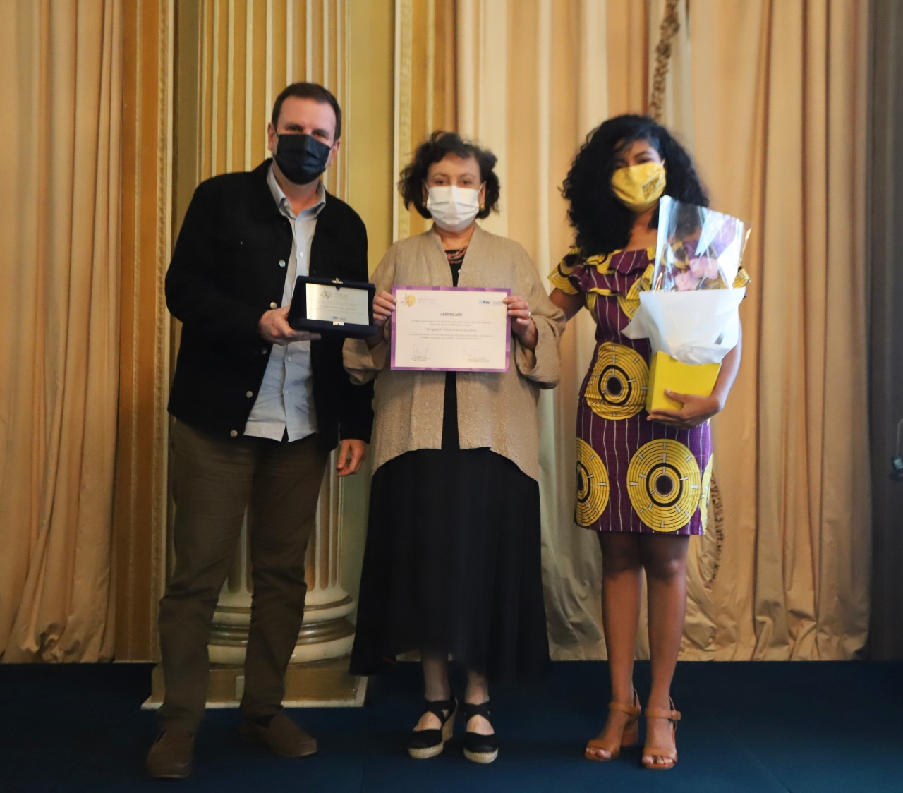 Pesquisadora Margareth Dalcomo recebe prêmio por enfrentamento da Covid-19