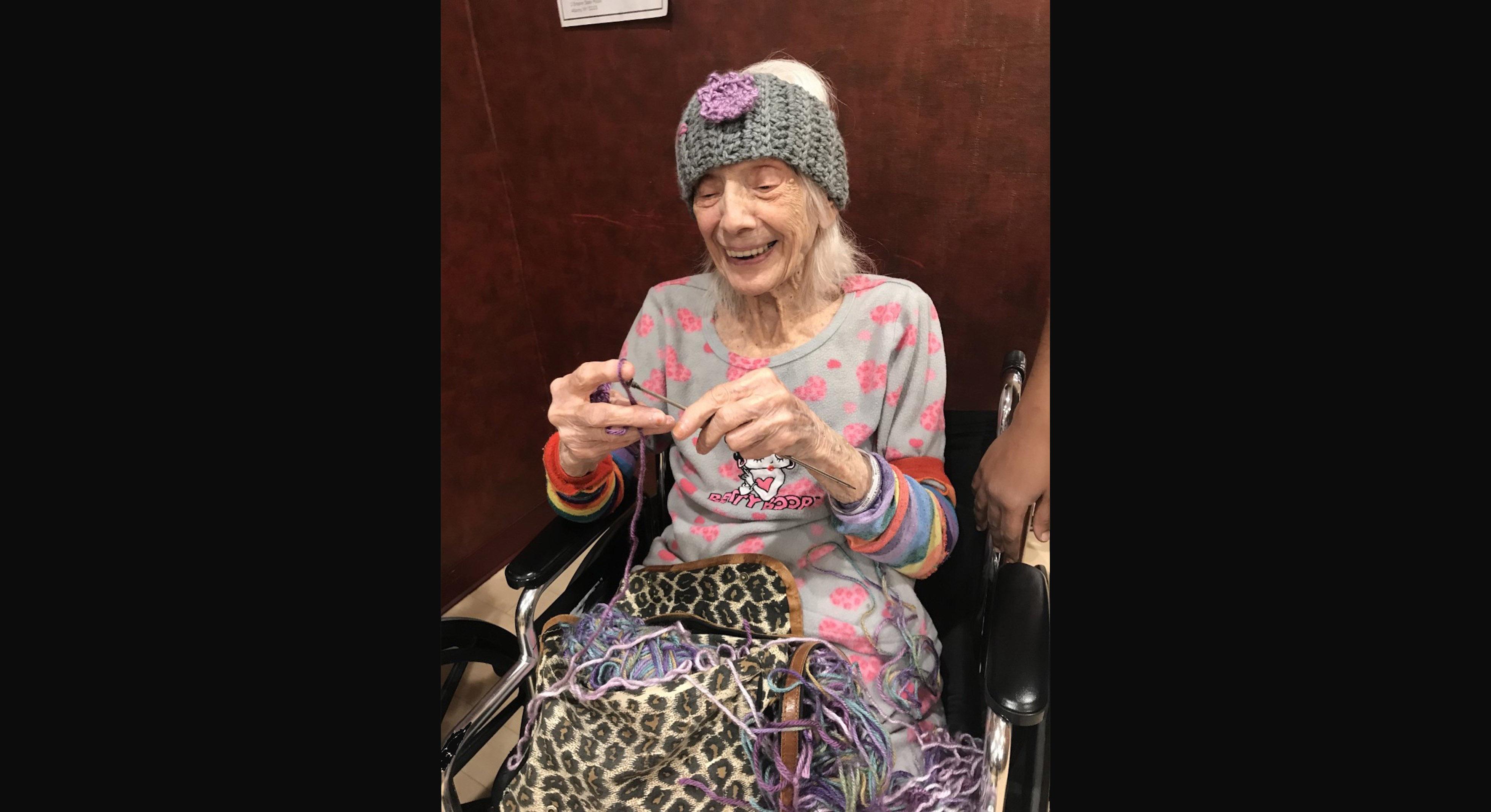 Angelina Friedman sobreviveu à gripe espanhola e ao coronavírus