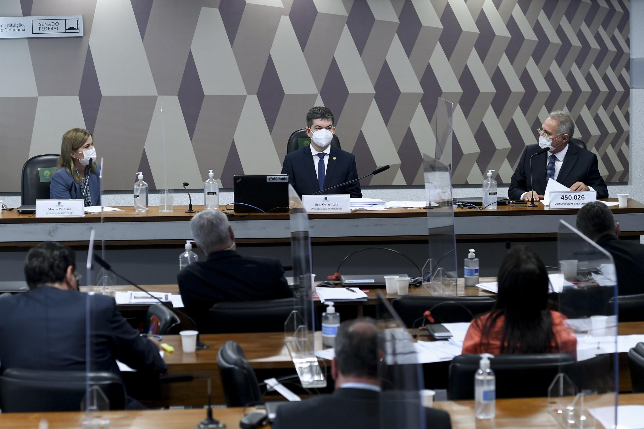 Mayra Pinheiro, secretária do Ministério da Saúde depõe na CPI da Pandemia