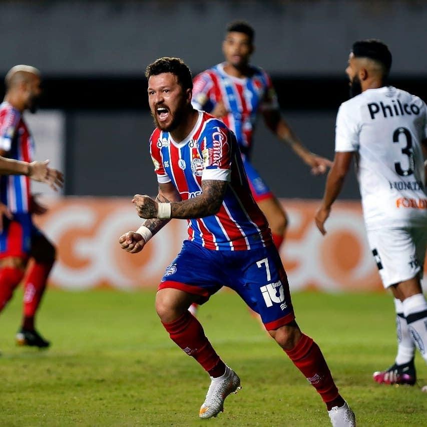 O atacante Rossi foi um dos destaques da vitória do Bahia sobre o Santos
