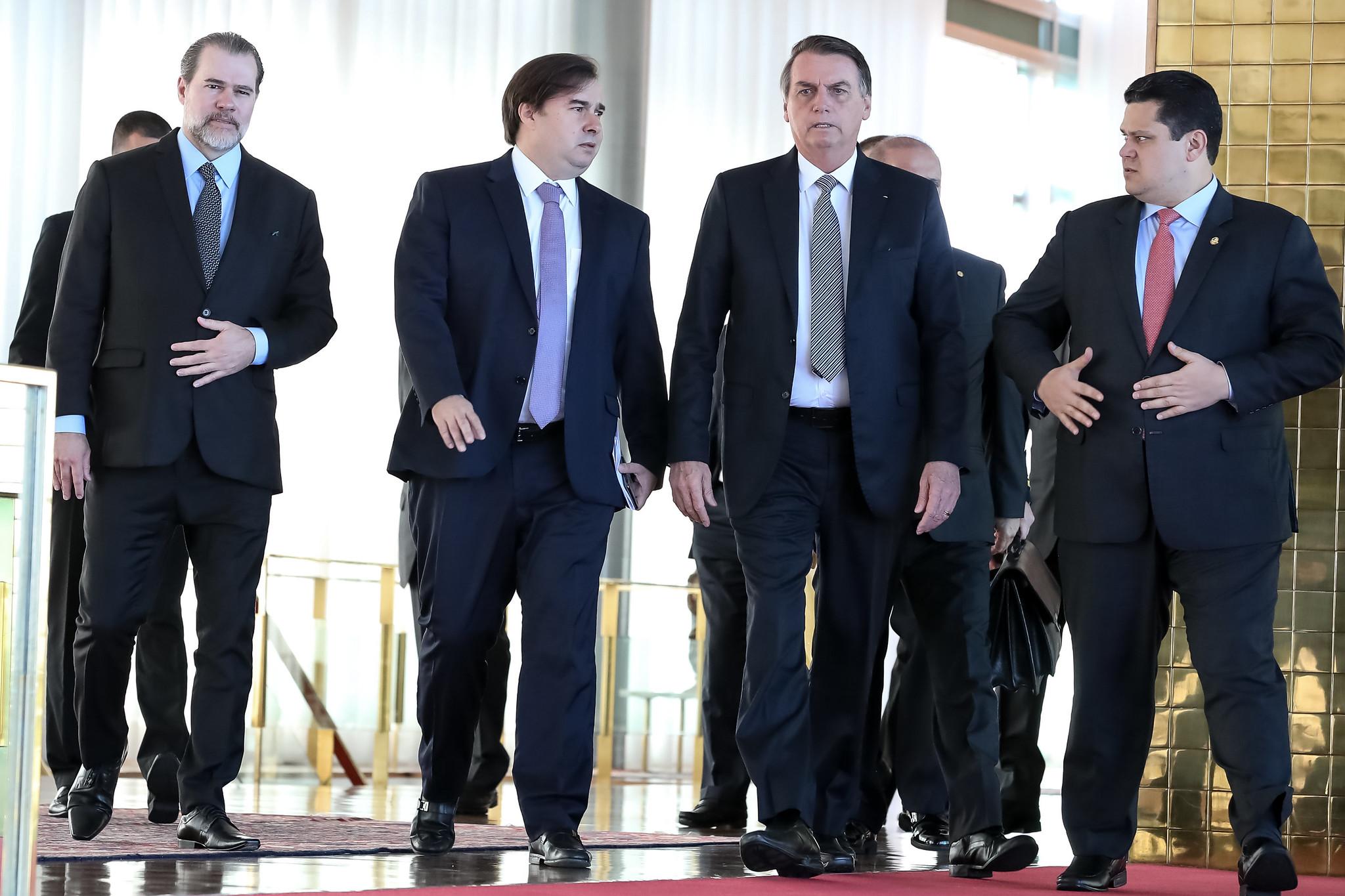 Dias Toffoli, Rodrigo Maia, Jair Bolsonaro e Davi Alcolumbre em Brasília
