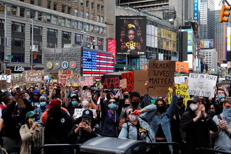 Protesto em Nova York contra racismo e violência policial