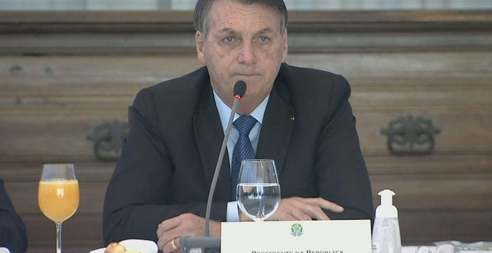 O presidente Jair Bolsonaro durante reunião ministerial transmitida ao vivo