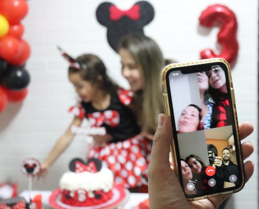 A festa virtual de Isabela, 3 anos, filha da enfermeira Fabiane Teixeira