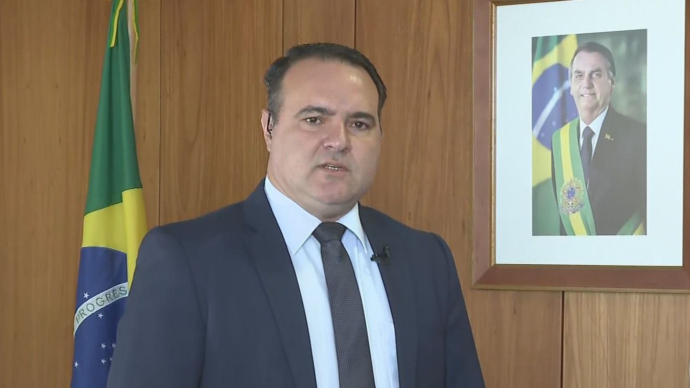O ministro da Secretaria-Geral, Jorge Oliveira, fala à CNN