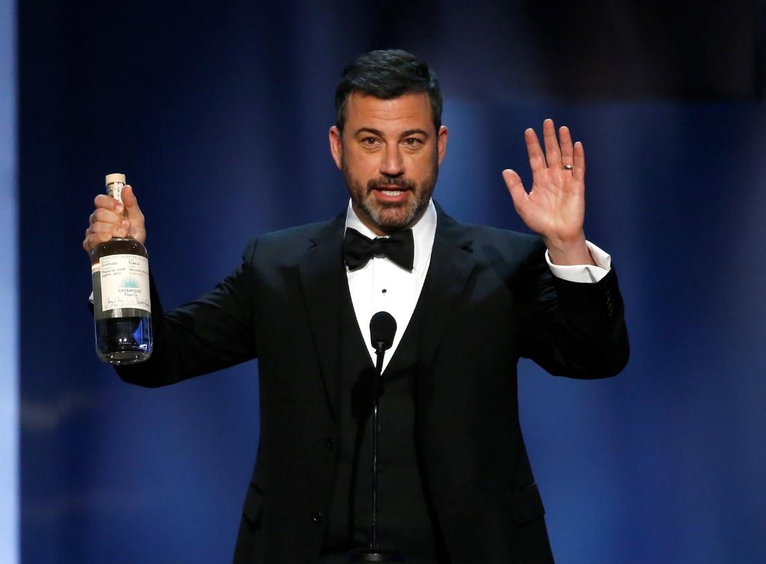 Jimmy Kimmel vai apresentar o Emmy