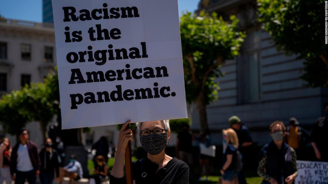 Manifestante em São Francisco.