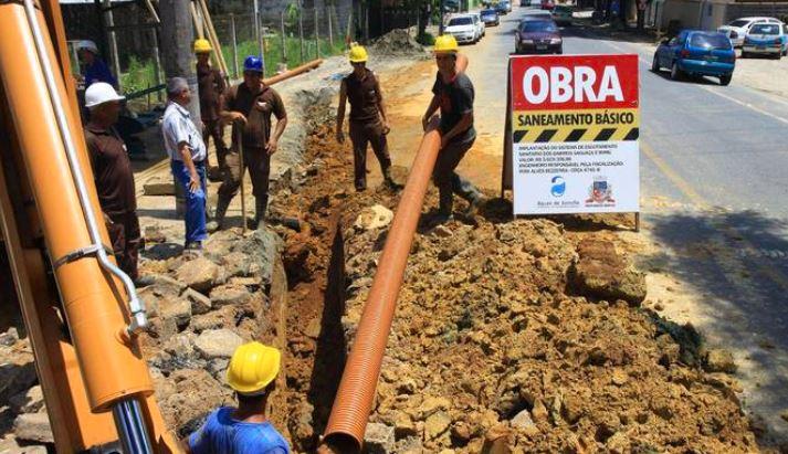 Obra de saneamento em Joinville (SC)