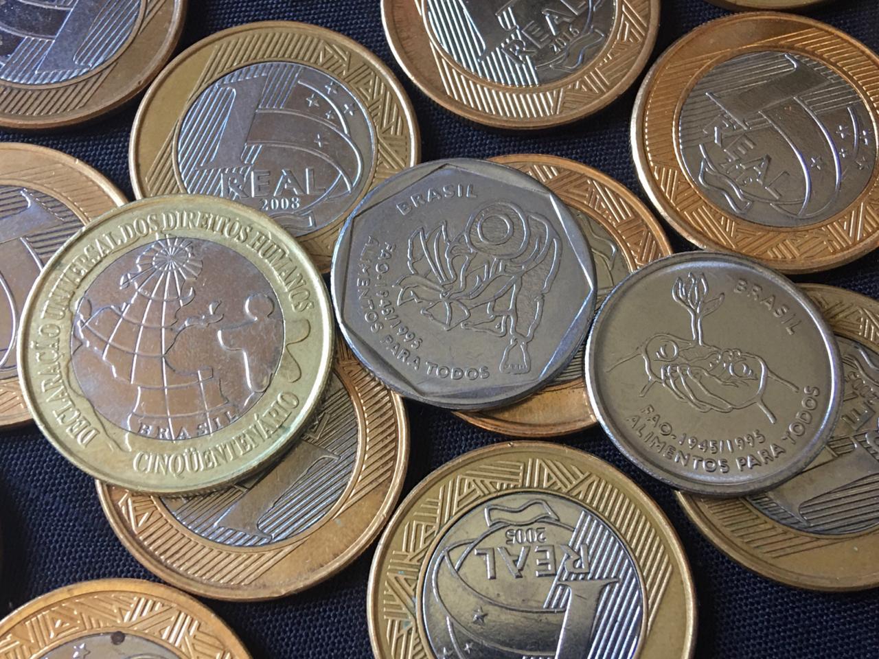 Em destaque, moedas comemorativas do Real com baixa tiragem