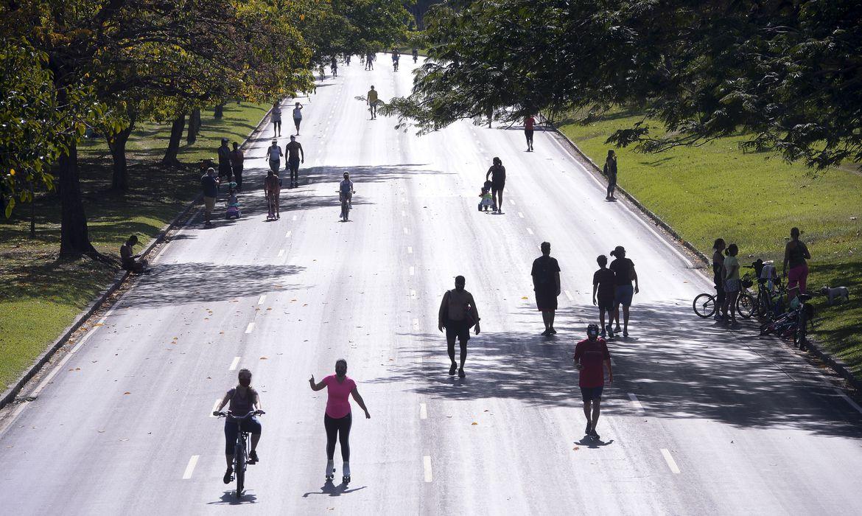 Caminhada esporte atividade física ar livre
