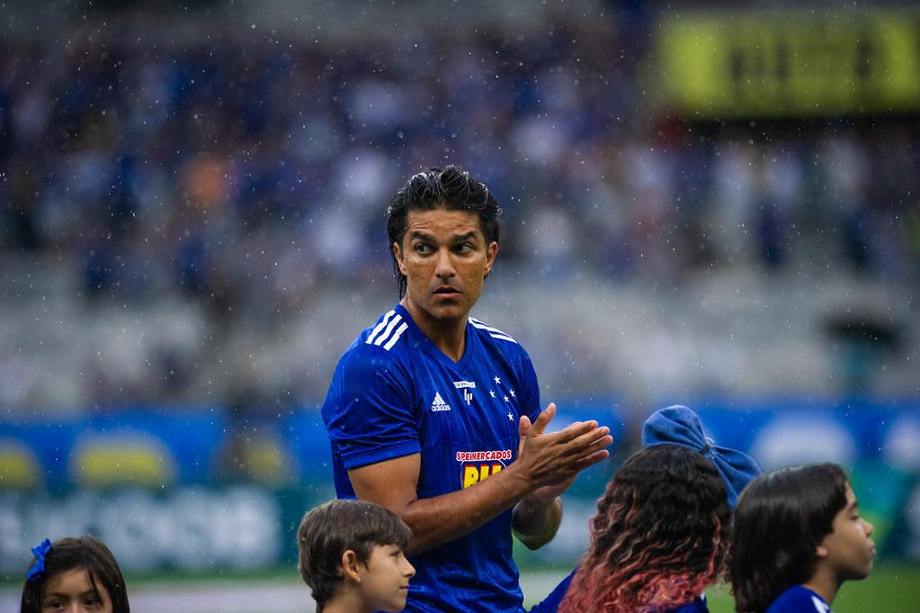 Marcelo Moreno em partida contra o Uberlândia
