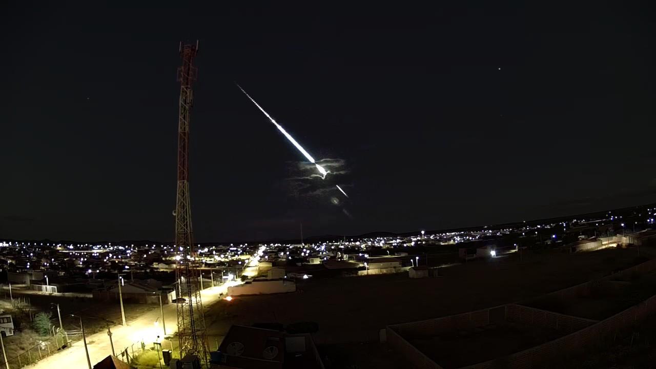 Meteoro é registrado em Cabrobó, no Pernambuco