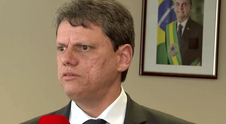 Tarcisio Freitas, ministro da Infraestrutua em entrevista para a CNN Brasil (20.mar.2020)