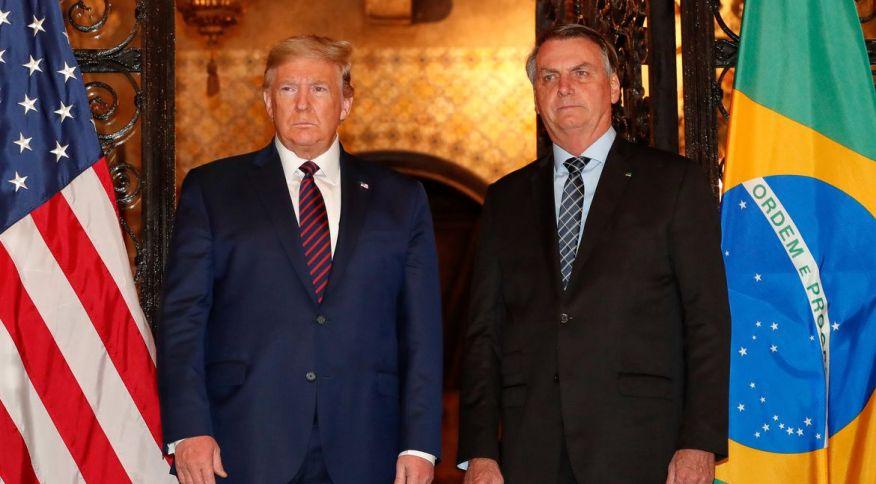 Presidente dos EUA, Donald Trump, ao lado do presidente brasileiro, Jair Bolsonaro, durante encontro na Flórida