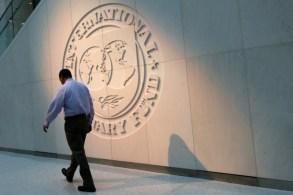 Fundo prevê recuperação parcial em 2021, com a economia mundial crescendo a uma taxa de 5,8%, mas destaca incerteza em projeções