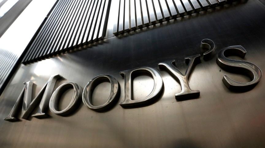 Placa da Agência Moody's em Nova York, Estados Unidos. 06/02/2013