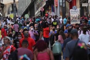 Para Guilherme Afif, apenas pessoas do grupo de risco devem ficar em casa e defende funcionamento dos shoppings durante 12 horas por dia