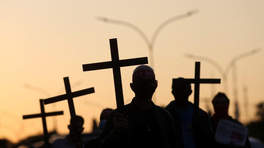 Homenagem em São Paulo às 100 mil vítimas da Covid-19 no Brasil07/08/2020REUTERS/Amanda Perobelli