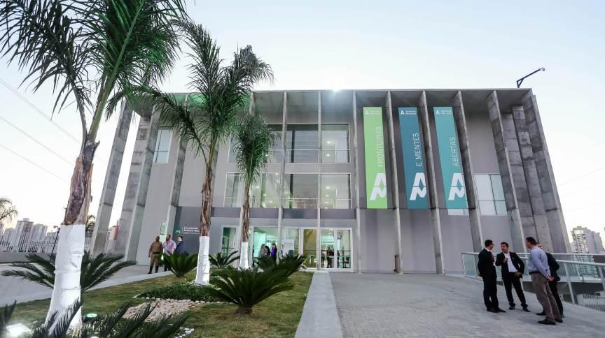 Universidade Ahembi Morumbi: faculdades privadas estão cobrando menos dos estudantes no segundo semestre