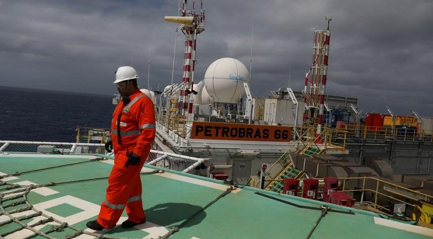 Plataforma da Petrobras na Bacia de Santos, litoral do RJ 05/09/2018REUTERS/Pilar Olivares