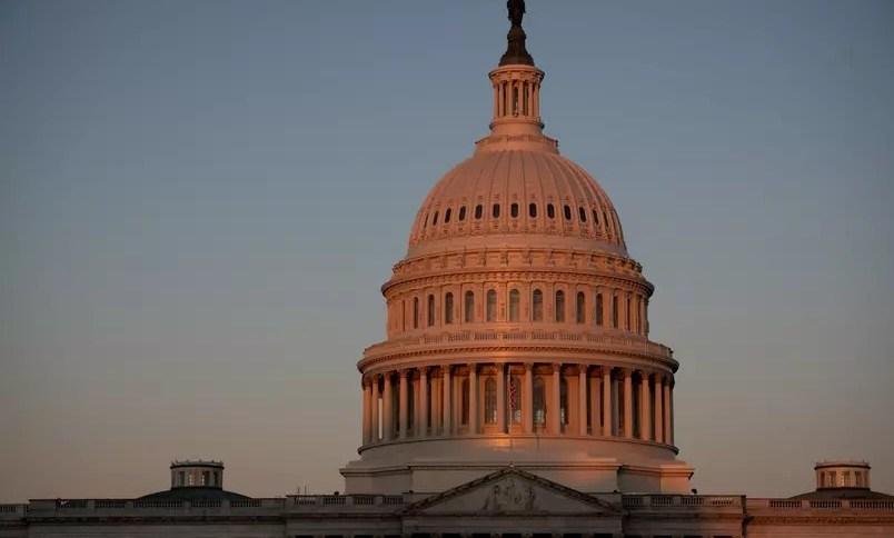 Vista do prédio do Congresso dos Estados Unidos em Washington