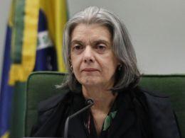 Agência teria produzido documentos para orientar defesa de Flávio Bolsonaro