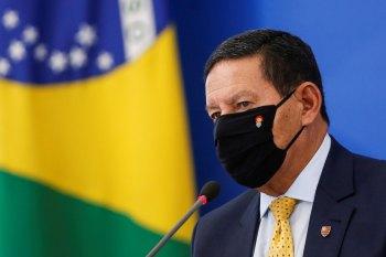 Presidente Jair Bolsonaro (sem partido) discursou para apoiadores em Brasília e já está em São Paulo para participar de ato na Avenida Paulista