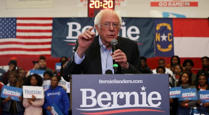Bernie Sanders é o favorito entre os eleitores democratas jovens