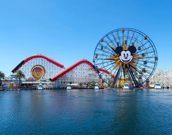Atração da Disneylândia na Califórnia