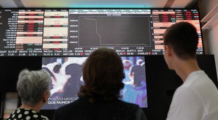 Visitantes na B3: Em maio, o volume diretamente negociado pelos pequenos investidores na B3, a bolsa brasileira, chegou a R$ 121 bilhões