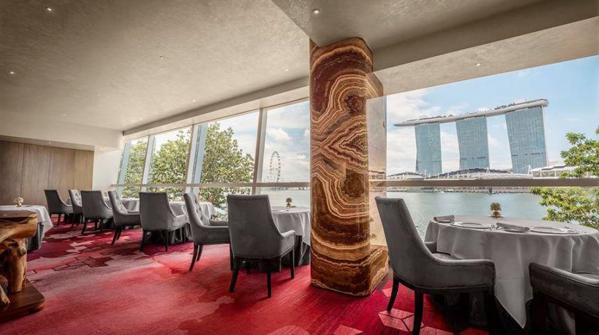 Saint Pierre, restaurante francês de Cingapura portador de duas estrelas Michelin