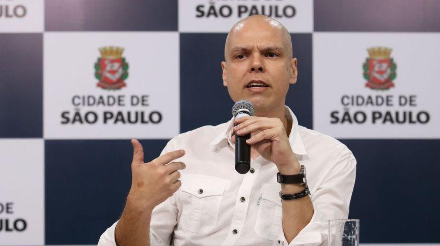 O prefeito de São Paulo, Bruno Covas, teve novos pontos de câncer diagnosticados
