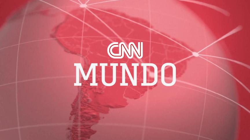 O CNN Mundo é apresentado pelo analista de assuntos internacionais da CNN, Lourival Sant'Anna