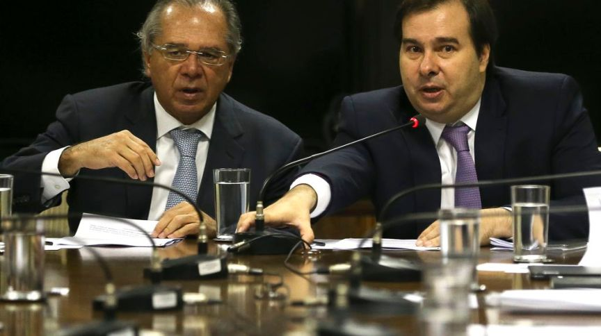 O ministro da Economia, Paulo Guedes, e o presidente da Câmara, Rodrigo Maia