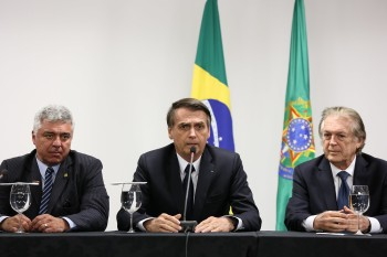Negociação prevê que os bolsonaristas deverão desistir da criação do partido Aliança pelo Brasil
