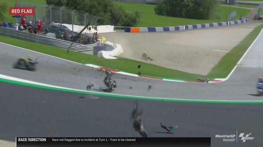 Johann Zarco e Franco Morbidelli se acidentaram na prova de MotoGP na Áustria (16.ago.2020)