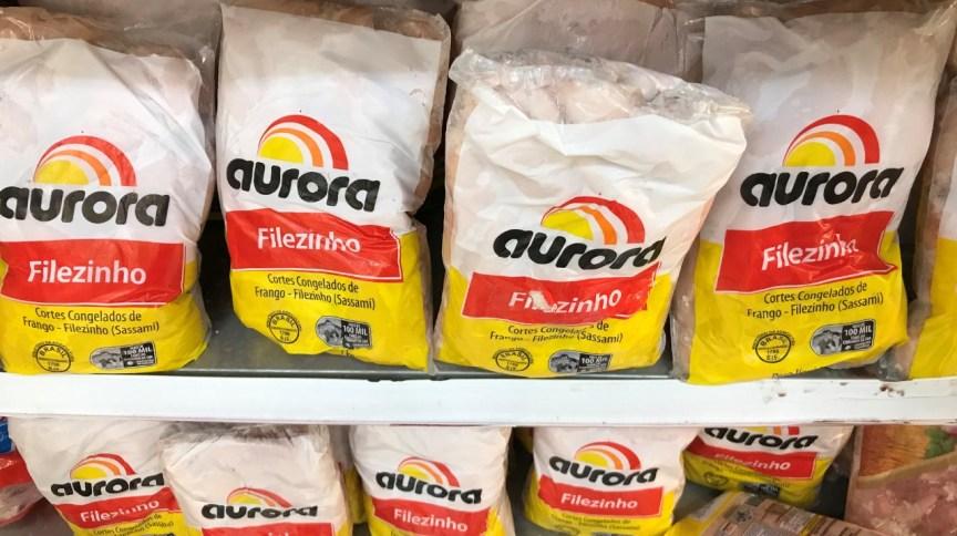 Produtos da Aurora em supermercado no Rio de Janeiro (RJ)
