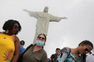 Moradores do Rio poderão tirar máscara em ambientes abertos a partir desta quinta