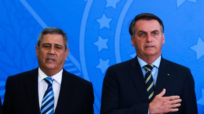 O ministro da Casa Civil, Walter Braga Netto e o presidente Jair Bolsonaro (18.fev.2020)