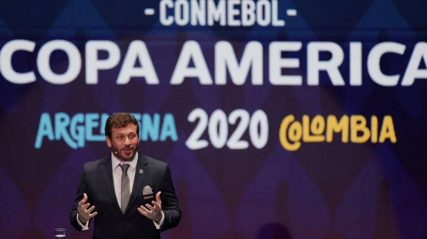 Alejandro Domínguez, presidente da Conmebol, que adiou a Copa América para 2021