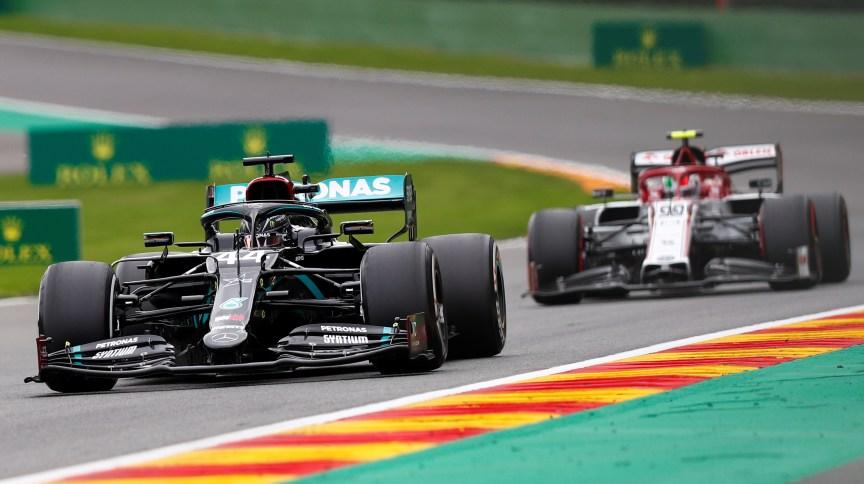 Sergio Perez ficou em primeiro e Esteban Ocon em segundo no Grande Prêmio de Sakhir