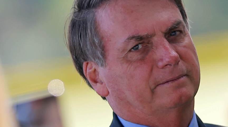 Em entrevista, o presidente Jair Bolsonaro voltou chamar de histeria reação ao novo coronavírus